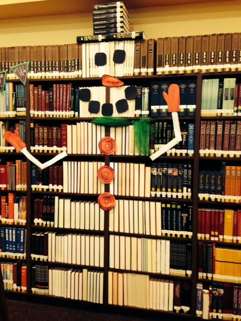 Christmas Ideas For School Libraries : Bookish christmas holiday libraries displays via