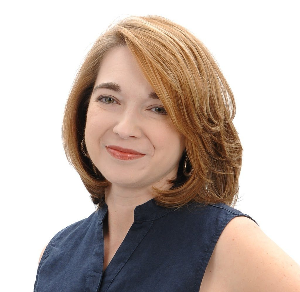 Sara-Rosett-Author-Headshot-blue